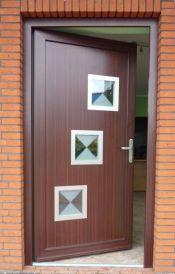 dörrar-som-öppnas-inåt